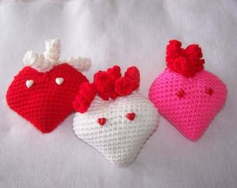 Amigurumi Heart Pillow : Amigurumi curls Etsy