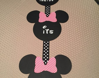 Minnie Mouse birthday party sign