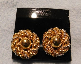 Vintage Gold Tone Pierced Earrings