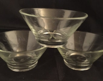 A004  Princess House bowls,Heritage pattern, etched Crystal, crystal Bowls ,candy bowl, desert,