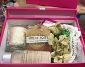 Soap, Face Mask, Candle & Cloth Gift Box