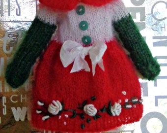 Blythe/Pullip Dress - OOAK - Christmas Dress/ Red/White/Green mohair dress with vintage flower border