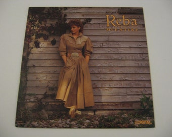 Reba McEntire  -  Whoever's In New England - Circa 1988