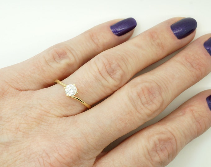 Solitaire ring-Diamond Engagement Ring-14K Yellow Gold-Promise ring-Bridal Jewelry-Anniversary present-For her-Gold ring-Bridal ring