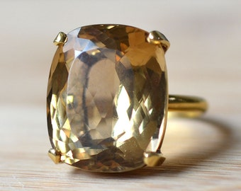 Golden Topaz 18K Yellow Gold Ring - Golden Topaz Ring - 18 Karat Cushion Cut Gold Topaz Ring - November Birthstone Ring
