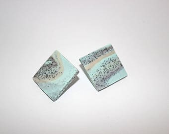 Earstuds Square 25x25mm