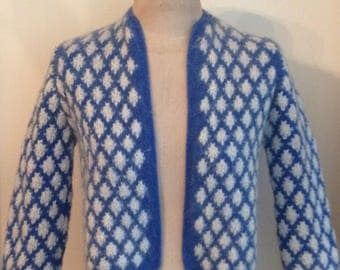 1950's Sky Blue with White Diamond Cropped Wool Cardigan Sweater/Hand Knit with 3/4 Sleeves