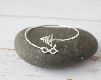 Harry Potter Bracelet, Silver adjustable Bangle, Deathly Hallows Simple Stackable jewellery/ Book Lover