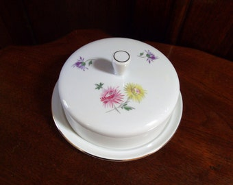 Vintage Round Floral Covered Butter Dish,  Freiberger Porzellan GDR Porcelain Cheese Dish