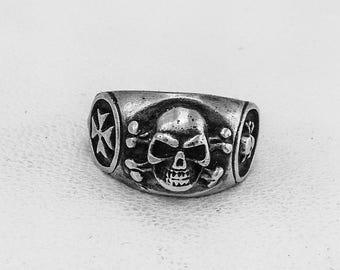 Custom Silver Skull Ring Gothic Ring Memento Mori, Sterling Silver 925, Steampunk Ring, Skull Jewelry, Contemporary Ring, Hipster Ring