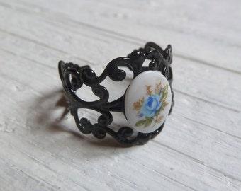 1960er Vintage Glas Cabochon Ring schwarz Ornament adjustable