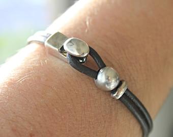 MENS LEATHER Bracelet, Mens bracelets,Bracelet for men, ETSY men jewelry, multistrand bracelet, bracciale uomo,brown leather, Gift idea.