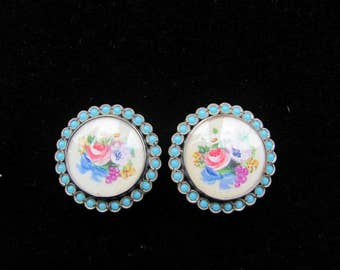 Vintage Enamel Clip Earrings