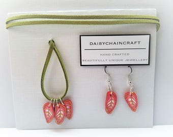 Feather Pendant in Salmon Pink with matching Earrings by daisychaincraft