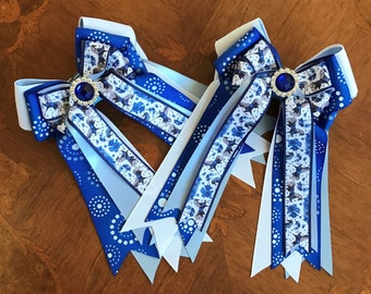 Equestrian Hair Bows/beautiful blue horses with sparkle gem, gift