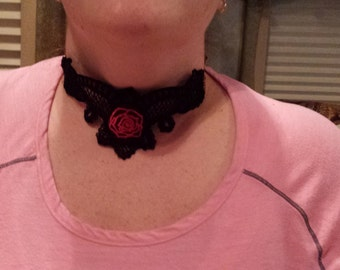 Red Rose Victorian Style Lace Choker