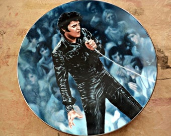 Elvis Presley Collectible Plate 1990 First Issue I'm All Shook Up Artwork by Bruce Emmett Limited Edition