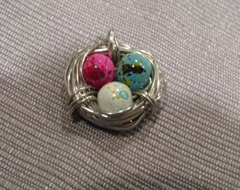 Bird nest and egg charms