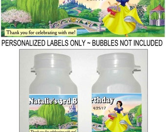 30 SNOW WHITE Birthday party favors bubble labels