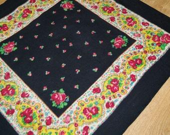 Big Black Polish Wool Shawl / Russian Shawl / Ukrainian shawl / Floral square headscarf / Roses Neck scarf neckerchief Babushka kerchief 70s