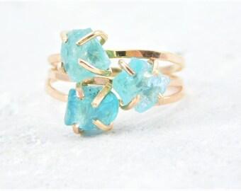 Raw Blue Apatite Ring, Gold Apatite, Ring, Rough Apatite Ring, Blue Apatite Stone Ring, Raw Apatite Ring, Gold Raw Apatite Ring
