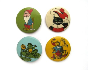 Vintage plastic children's badge,  Pick your pin, Puss in Boots, Gnome, Frog, Pinocchio, Cartoon, Soviet Vintage Pin Button, Made in USSR