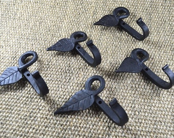 A set of 5 blacksmith handmade wrought iron chunky curled leaf coat hooks door hook hanger CLH