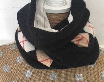 Black Cowl with Argyle