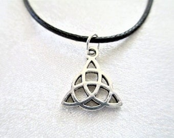 Triquetra Necklace, Trinity Necklace, Celtic Knot Necklace