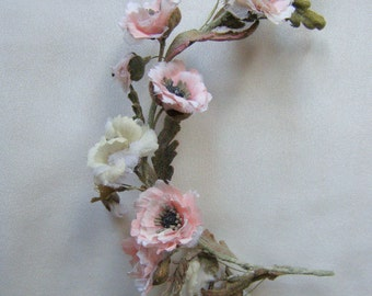 Wreath with poppies for vintage doll