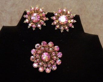 Vintage pink aurora borealis brooch & earrings set