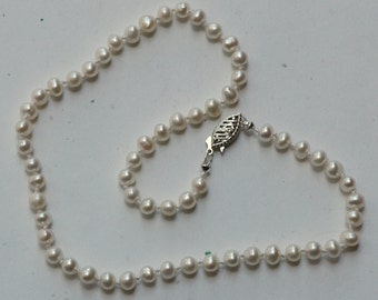 Child's Pearl Necklace