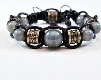 Bracelet labradorite leather range
