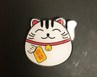 Lucky fat cat japan maneki neko good luck fortune acrylic brooch