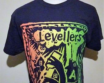 Levellers Curious 2015 Tour t-shirt. size(L)