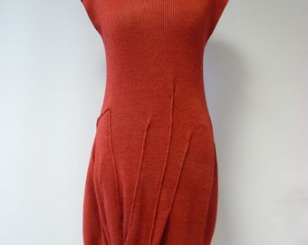 Exceptional red linen dress, M size.