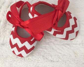 Chevron Baby Girls Crib Shoes - Chevron Baby Ribbon Crib Shoes
