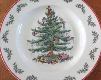 """Spode CHRISTMAS TREE Holly and Berry 10-1/2"""" Dinner Plate Red Trim"""