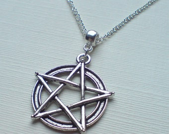 Triple moon necklace wiccan jewelry triple goddess pentacle silver pentagram necklace silver pentacle necklace wicca necklace pagan necklace wiccan jewellery aloadofball Choice Image