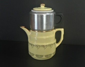 Hall Yellow Coffeepot, Vintage Coffee Pot, Squiggle Design, Complete Drip-O-Lator, Superior Quality Kitchenware