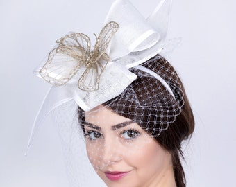 Wedding butterfly fascinator, Bride's Hat, Romantic wedding headpiece, lace hat, Bridal mini hat, white lace fascinator, Wedding headpiece