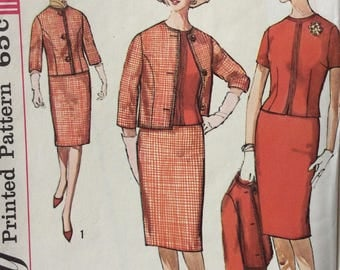 Simplicity 4622 misses blouse & suit jacket and skirt size 12 bust 32 or size 14 bust 34 vintage 1960's sewing pattern  Uncut Factory folds