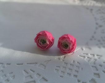 Ranunculus earrings. Clay flower. Pink flower earrings.