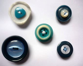 Button magnet set. Housewarming gift. Button fridge magnets