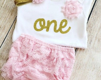 First Birthday Outfit - Gold Glitter & Baby Pink - Bodysuit, Bloomers / Frilly Knickers, Headband, Barefoot Sandals - Photoshoot, Gift, 1st