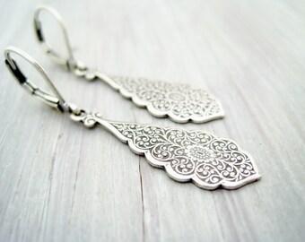 Earrings bronze vintage drop filigree brass dangles antique silver earrings oriental drop pendant earrings vintage