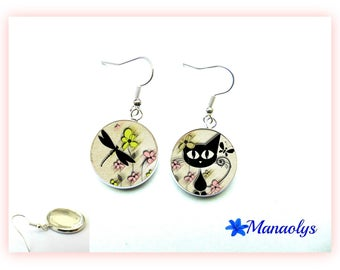Cat, dragonfly and flower, 1335 glass cabochons earrings