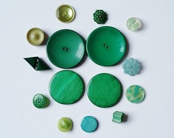 Selection Of Green Vintage Buttons Assorted Greens Job Mixed Lot Including Filigree, Mottled etc