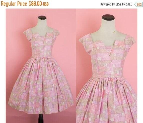 SALE 15% STOREWIDE 1950s cotton sundress/ 50s pink dress/ medium