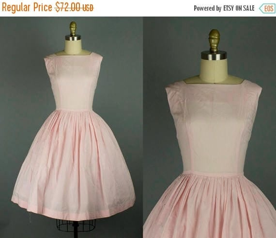 SALE 15% STOREWIDE 1950s pink cotton dress/ 50s sundress/ medium